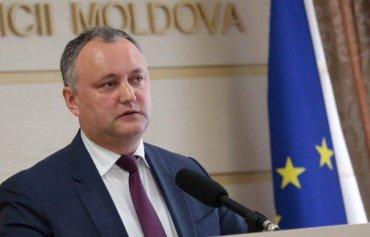 Додона отстранили от обязанностей президента Молдовы