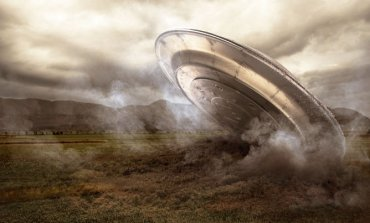 В сети обсуждают загадочные кадры крушения НЛО