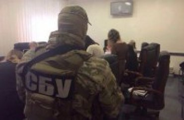 Российская ФСБ вербует жен украинских офицеров