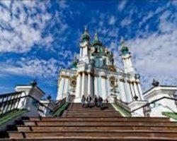 Порошенко хочет «подарить» Андреевскую церковь Вселенскому патриарху за томос