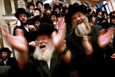 Иудеи потребовали посадить самолет ради шаббата