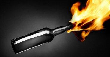 Четверо преступников решили убить семейную пару путем поджога их дома