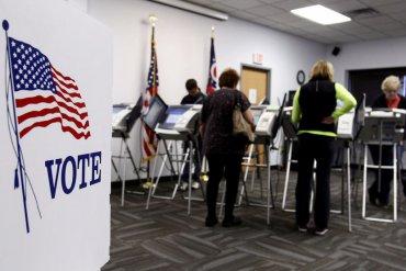 В США сегодня пройдут выборы, которые могут повлиять на судьбу Трампа