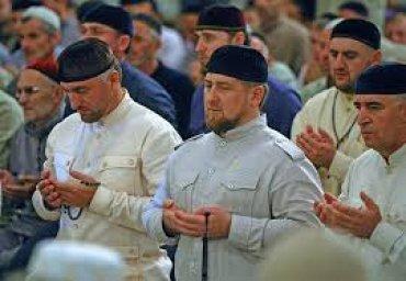 Мусульманам в Чечне продавали колбасу со свининой