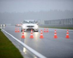 Почему стоит сходить на урок экстремального вождения